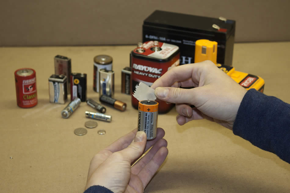 How To Prepare Your Batteries For Recycling Raw
